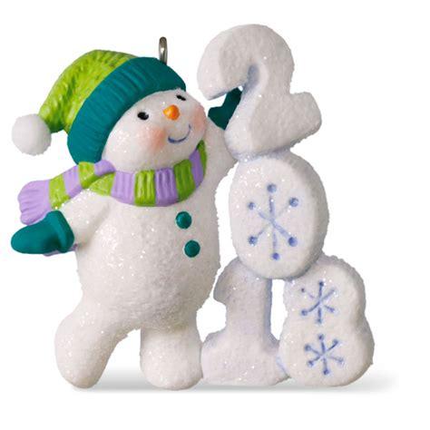 hallmark keepsake 2018 frosty fun decade lounging snowman dated christmas ornament 2018 frosty decade 9