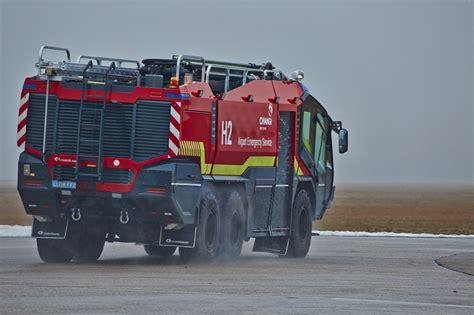 modern fire fighting vehicles rosenbauer panther rosenbauer
