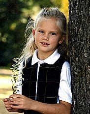 Facts About Taylor Swift Early Life   taylor swift childhood the pop history dig