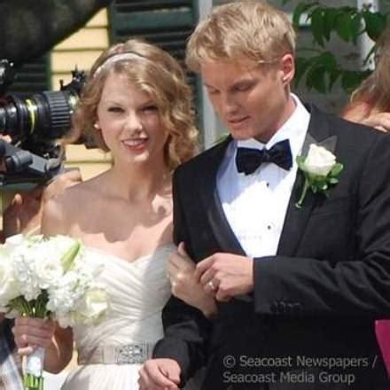 Marvelous Church Songs For Kids List #9: Taylorswiftwedding.jpg