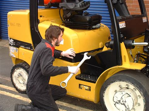 Forklift Technician by Forklift Repair Riverside Forklift Solutions Temecula My
