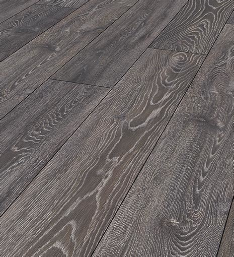 Laminate Flooring   Royal Homes