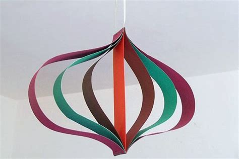 How To Make Hanging Paper Decorations - things to make and do curved paper hanging decoration
