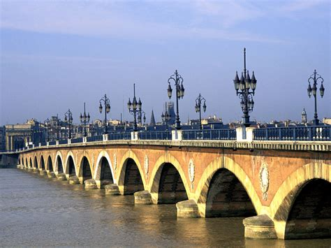 World Traveler 4 top world travel destinations bordeaux