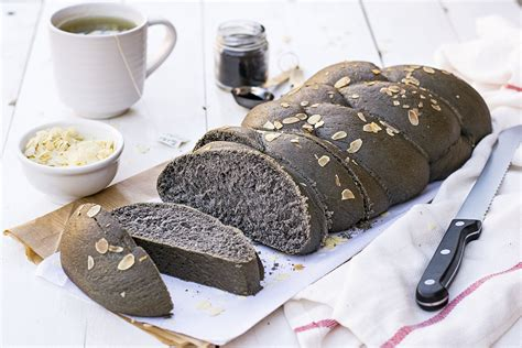 Bread Detox by Black Detox Vegan Challah Bread With Olive
