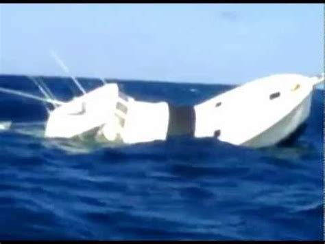 deep sea fishing boat sank black marlin sinks fishing boat in panama youtube