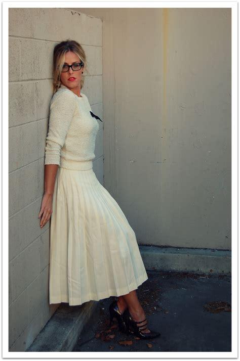 beth jones vintage sweater vintage pleated skirt sam