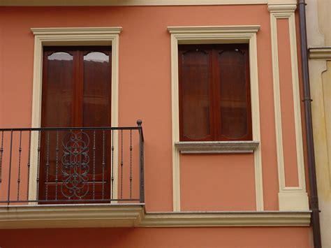cornici per finestre cornici finestre e porte bigmat simed