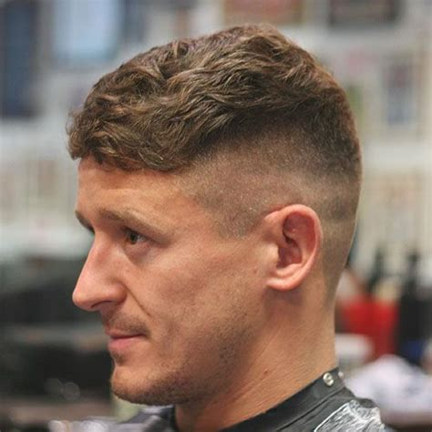 peaky blinders hairstyle best 25 peaky blinder haircut ideas on pinterest
