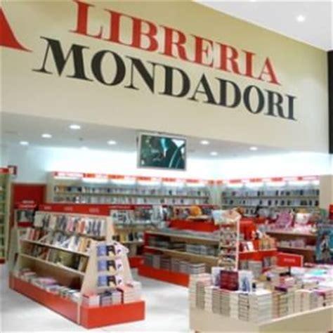 libreria mondadori caserta due nuove librerie per mondadori a napoli repubblica it