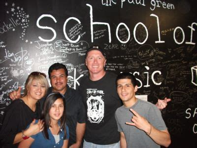 phoenix house dallas a lesson in giving from the school of rock phoenix house