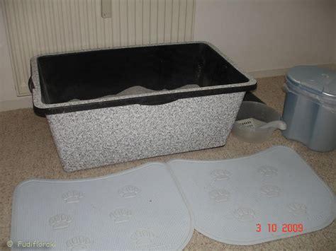 katzenklo nicht stinkt katzen forum katzenklo stinkt trotz regelm 228 223 iger s 228 uberung
