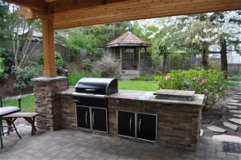 the benefits of a divine outdoor kitchen for your home the benefits of an outdoor kitchen