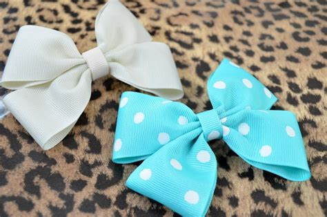 How To Make Handmade Hair Bows - how to make a hair bow