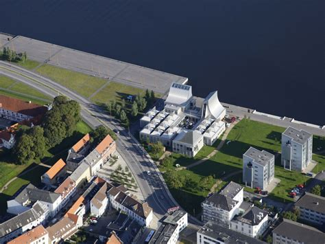 Jorn Utzon by Utzon Center In Aalborg J 248 Rn Utzon Archeyes