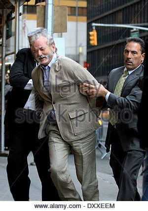David Lettermans Kidnapper Escapes From by Actor Bill Murray Appears In A Kidnapping Skit For The