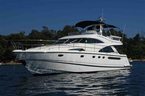 yacht boat wave yacht charter details fairline squadron 58