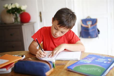 homework organization and planning skills tips for helping students with adhd get organized