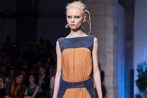 france bans super skinny models france to ban super skinny models criminalize anorexic