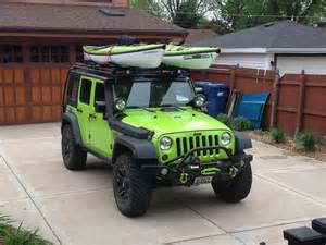 Canoe On Jeep Wrangler A This How To Carry Kayaks On Jeep Wrangler
