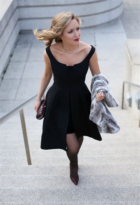 Dress Betwo a should be two things and fabulous on cubicle office style and