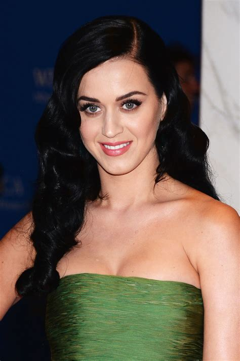 katy perry brought her cleavage to the white house gceleb