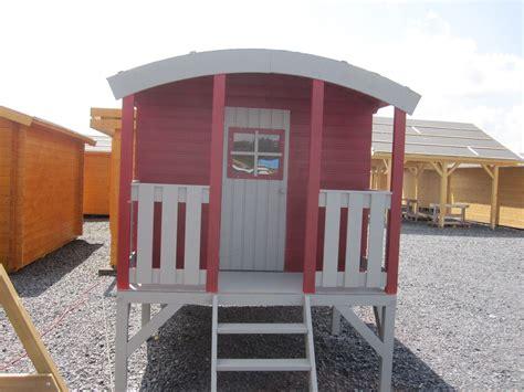 bauwagen als gartenhaus kinderhaus tobi runddach bauwagen zirkuswagen gartenhaus