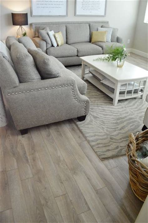 Floor Ls Living Room by The 25 Best Ideas About Living Room Flooring On