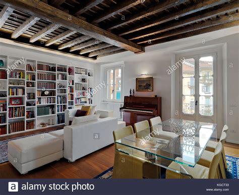 soffitti in legno moderni soffitti in legno bianco free travi legno bianche