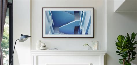 samsung turns the tv to with the frame pickr