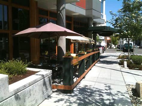 Inspiring Restaurant Patio Design Ideas   Patio Design #213