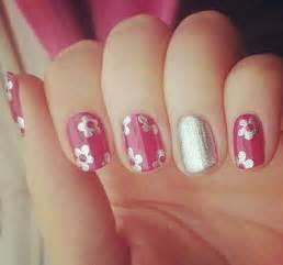 36 easy flower nail art designs for beginners jeweblog