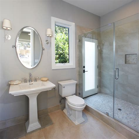 Pro Pedestal Transitional Single Story Transitional Bathroom San