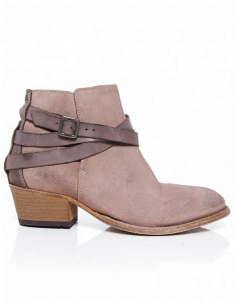 s h by hudson horrigan suede boots jules b