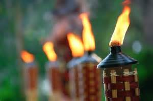 Patio Party Lights Great Tiki Torches For Your Backyard Bar Or Barbecue