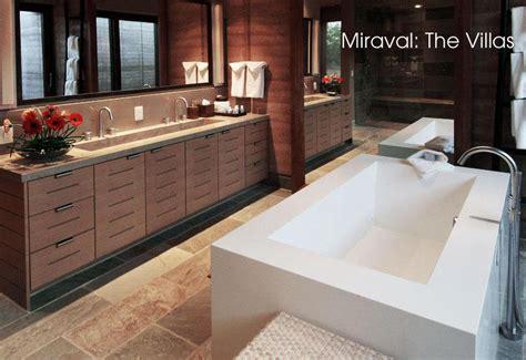 les formes pures des salles de bains de luxe