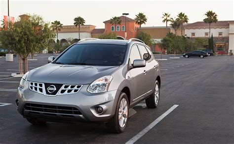 how do i learn about cars 2007 nissan armada windshield wipe control nissan rogue specs 2007 2008 2009 2010 2011 2012 2013 2014 autoevolution