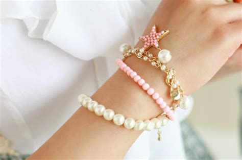 Accessories Kalung Mutiara Cantik 1 accessories black and white bracelet image 499776 on favim