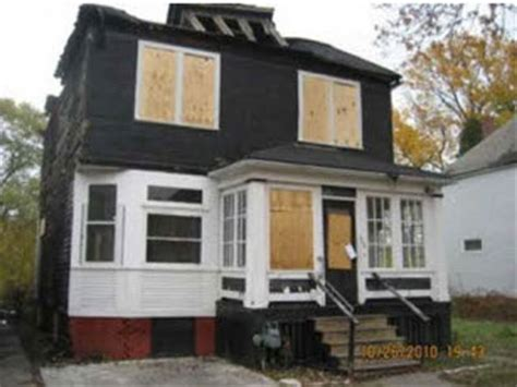 buy houses for a dollar 15 detroit houses you can buy for less than 500 business insider
