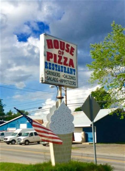 House Of Pizza Hardwick Vt by The 10 Best Restaurants Near Willey S Store Tripadvisor