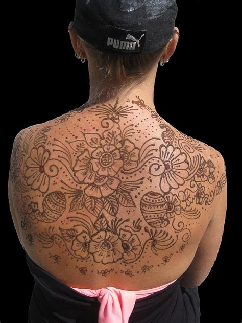 henna back tattoo designs funmasti4u henna on back