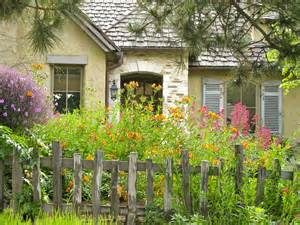 Small Cottage Gardens - carmel s cottage gardens it s time to add small trees shrubs and vines once upon a time