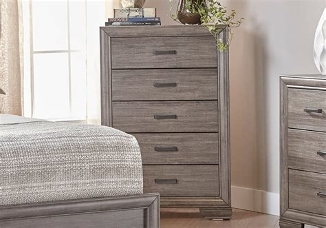 Overstock Bedroom Ls by Ladonia Chest