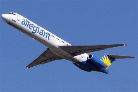 landing in las vegas commercial aviation and the of a tourist city shepperson series in nevada history books allegiant air makes third emergency landing in two weeks