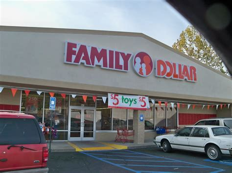 dollar store family dollar store hours new year s day 28 images