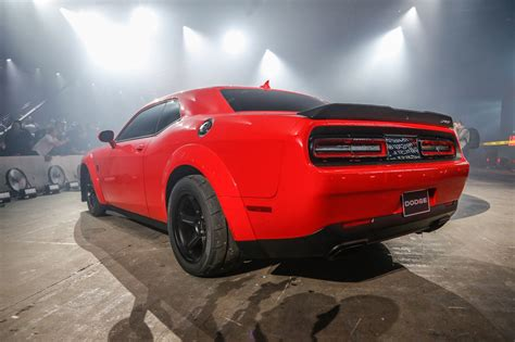 dodge challenger demon 2018 dodge challenger srt demon first look 840 hp 770 lb