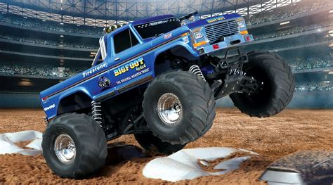 monster trucks bigfoot videos 1 10 bigfoot classic 2wd monster truck brushed rtr blue