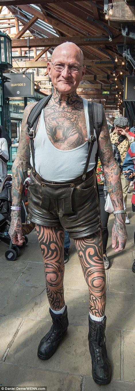 gentlemans tattoo flash uk tattoo devotees showcase beautiful designs at east london