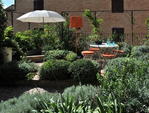 Giardino Pensile Terrazzo by Edilizia Residenziale Ed Uffici Harpo Spa