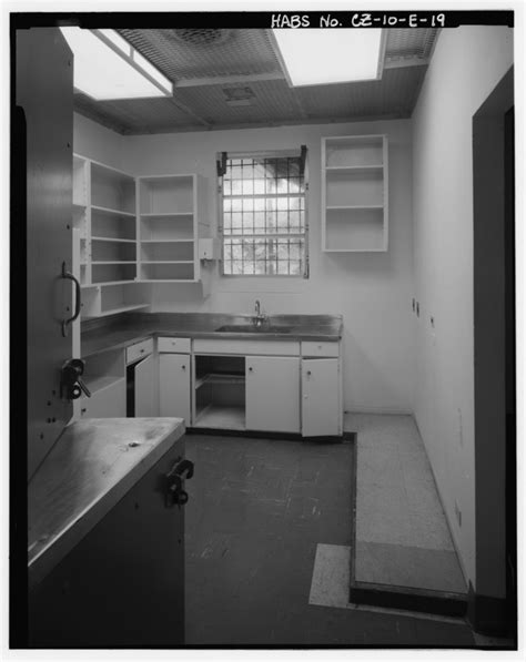 File:Interior view of addition pharmacy showing dutch door